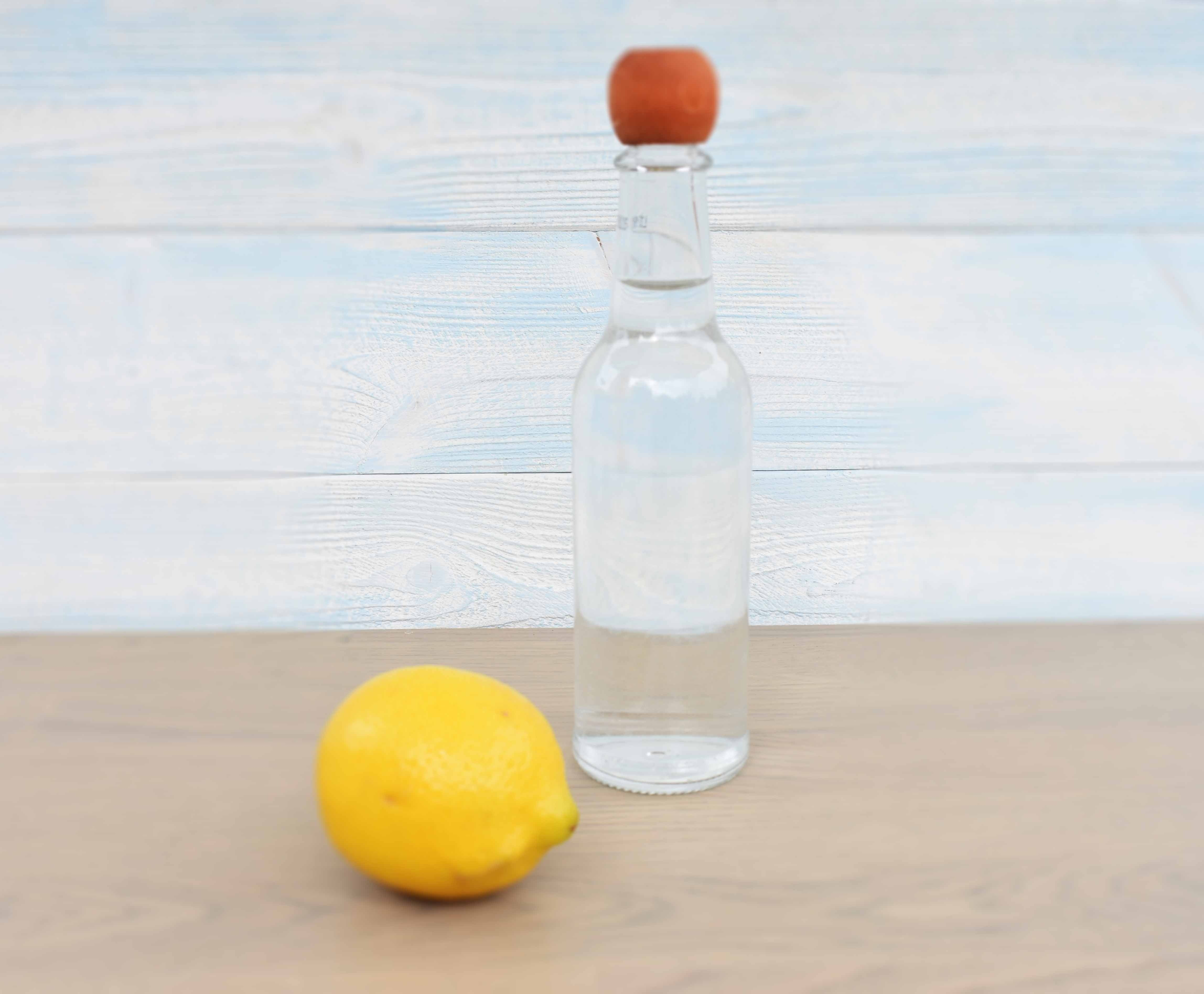 vinegar lemon cleaning