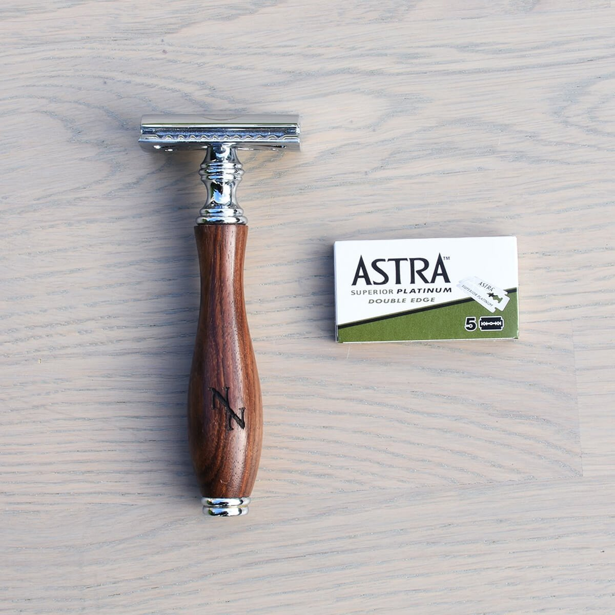 double edge safety razor naked necessities original dark wood with blades