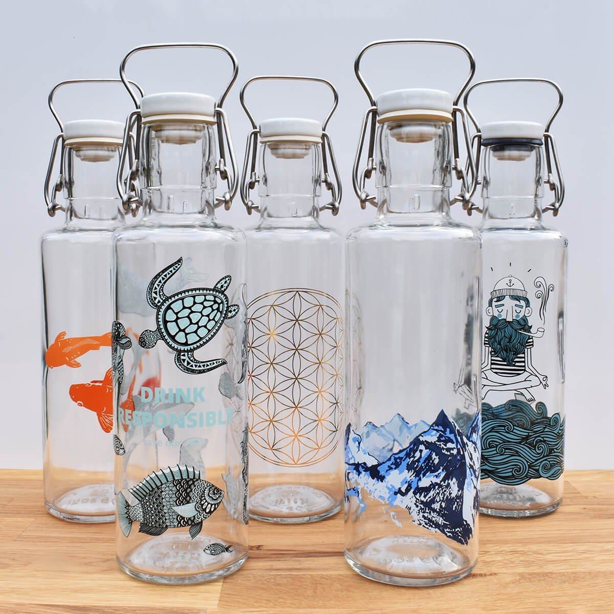 collection soul glass water bottle 0.6l social