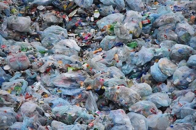 waste 1741127 640