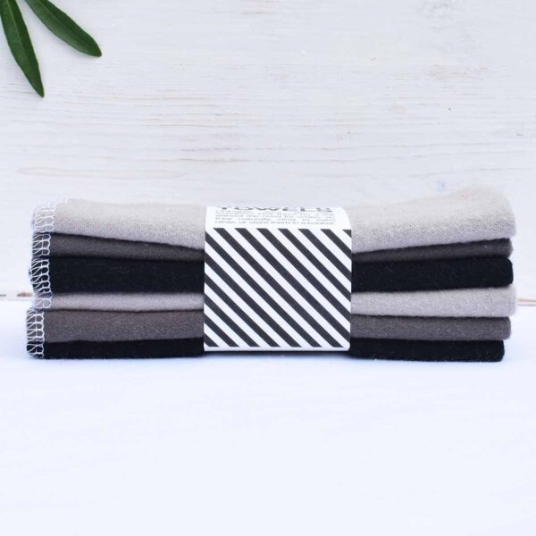 Marley's Monsters 6 Unpaper Towels Grey Side View