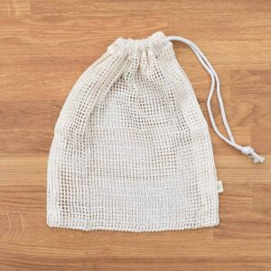 A Slice of Green Medium Sized Organic Cotton Net Produce Bag With Drawstring Close