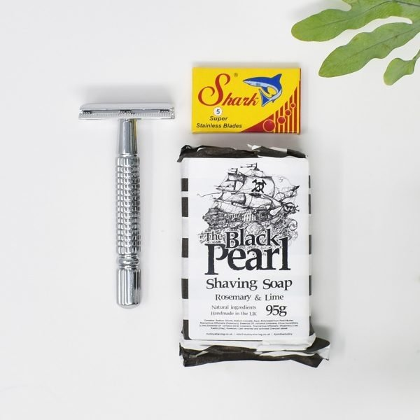 Mutiny Mini Safety Razor Kit With Rosemary & Lime Shaving Soap And Blades