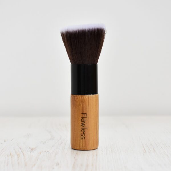 Flawless Bamboo Makeup Buffing Brush