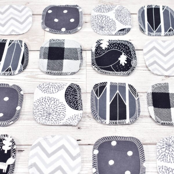 Marleys Monsters Mixed Monochrome Cotton Facial Rounds All Colours