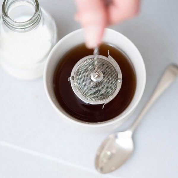 Eco Living Stainless Steel Loose Tea Infuser Basket Demonstration