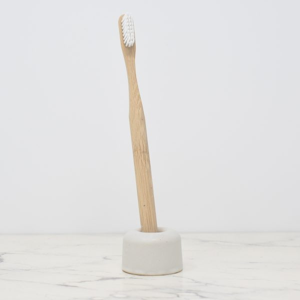 Hydrophil White Ceramic Toothbrush Holder