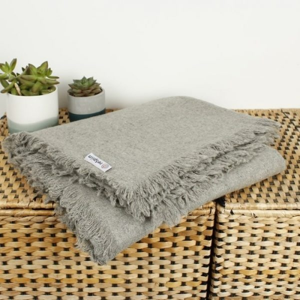 ReSpiin Recycled Wool Throw with Fringe Light Grey Unfolded