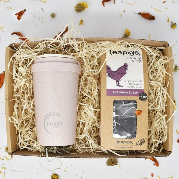 Everyday Brew On The Go Gift Set with travel cup and Teapigs everyday brew tea