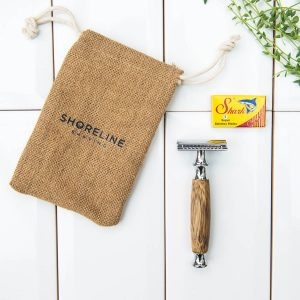 Shoreline Shaving Hessian Travel Bag With Safety Razor And Blades
