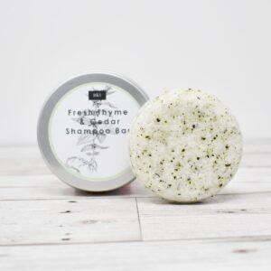 Bain & Savon Botanical Shampoo Bar Tin – Fresh Thyme & Cedar